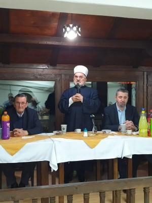 Medresa upriličila iftar za članove kolektiva